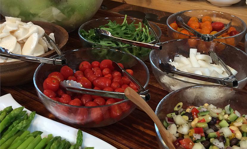 新鮮野菜 | 石窯ピザ Ortolana(オルトラーナ) | 十和田湖にお ...